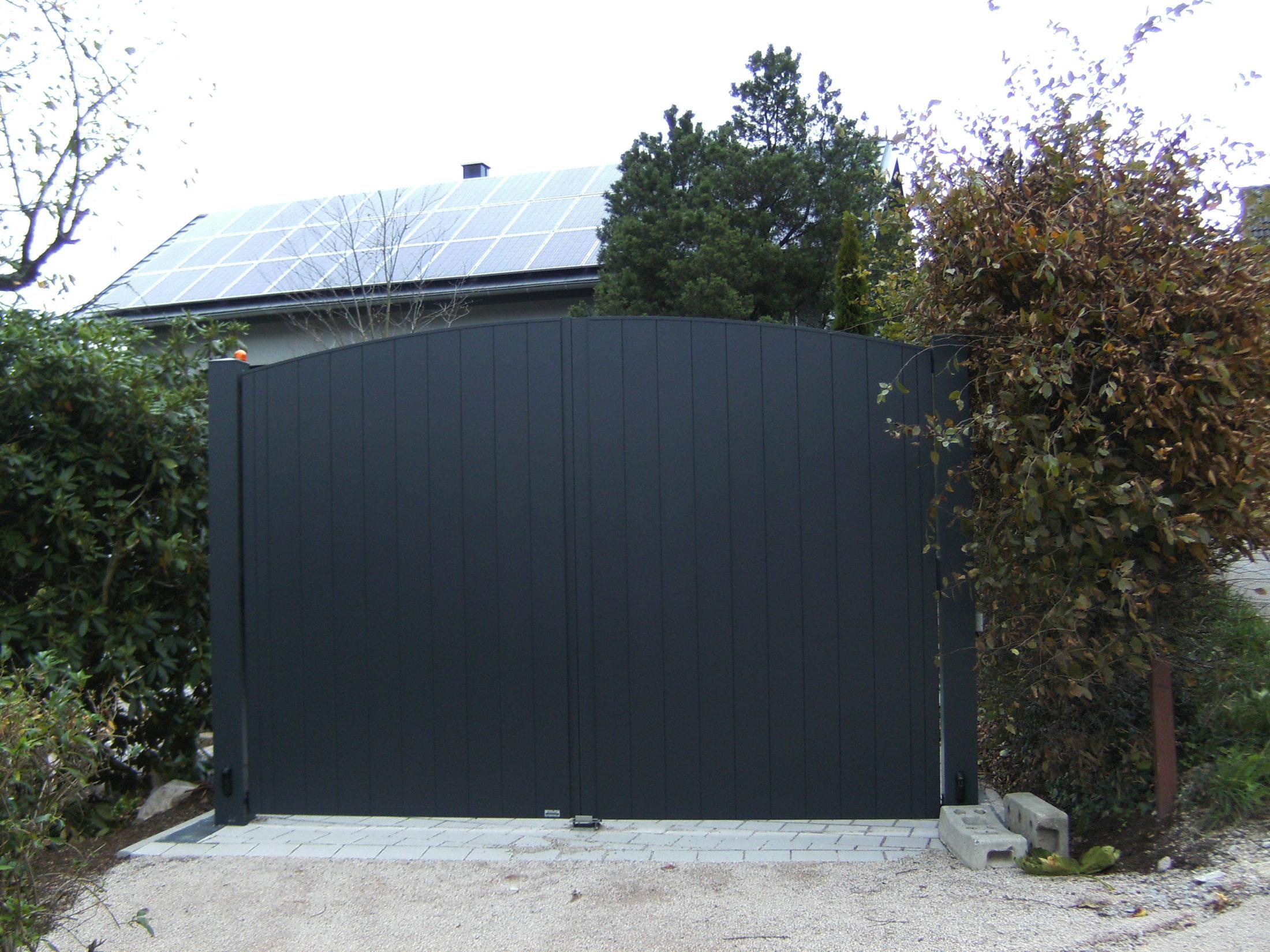 2-flügeliges Hoftor mit Aluminum Beplankung